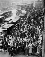 Crowds on Oxford Street  London  11 December 1931.