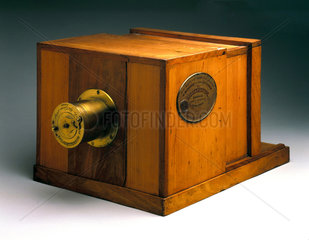 Giroux's daguerreotype camera  1839.