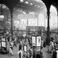 Early morning rush hour at Liverpool Street station  London  12 October 1951.