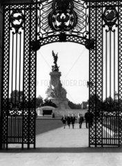 Queen Victoria Memorial in London  c 1930s.