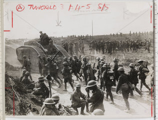 British troops and tanks advancing  France  WWI  c 1918.
