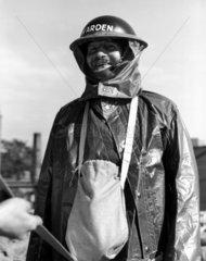 Warden  c WWII.