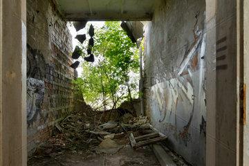 Berlin  Deutschland  Ruine eines Heizhauses