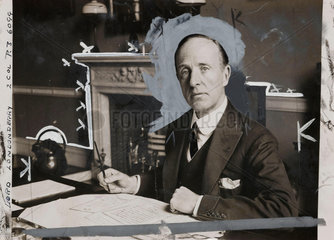 Lord Londonderry at his desk  5 September 1931.