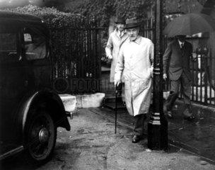 J R MacDonald  Downing Street  25 September 1935.