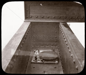 Three-component vibration recorder in operation  1876.