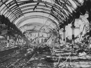 '1  2  3 platforms after raid'  York  29 April 1942.