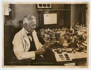 Professor Fleming working in his laboratory  1943.