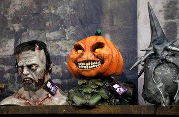 Essen  Deutschland  Halloween-Masken auf der Messe SPIEL  Internationale Spieltage