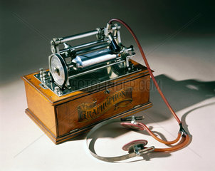 Type K Graphophone  c 1895.