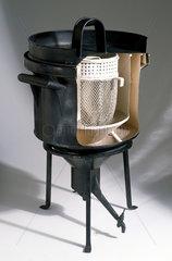 Ice calorimeter  late 18th century.