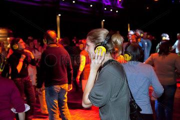 Bochum  Deutschland  Silent Disco auf dem Melez Festival