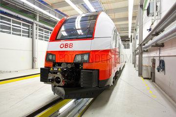 Krefeld  Deutschland  Desiro cityjet im Siemens Schienenfahrzeugwerk