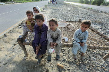 Nowshera  Pakistan  Fluechtlinge des Hochwassers leben zunaechst in Zelten
