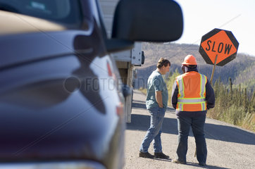 Livengood  USA  Strassenbauarbeiten auf dem Dalton Highway