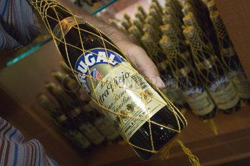 Puerto Plata  Dominikanische Republik  Verkaufsladen der Rumfabrik Brugal