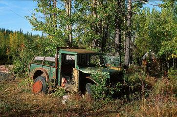 McCarthy  USA  ein Autowrack im Wrangell-St.-Elias-Nationalpark