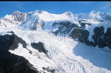 Yakutat  USA  Blick ueber die Eliaskette