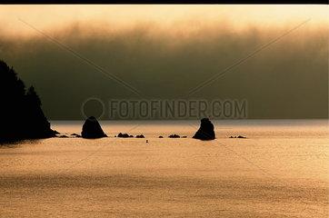 Kodiak  USA  Abendstimmung ueber der Insel Kodiak