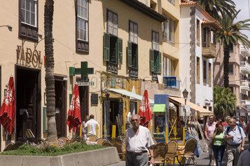 Puerto Cruz  Spanien  Besucher in der Altstadt