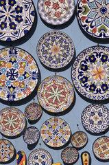Puerto Cruz  Spanien  bunte Keramikteller
