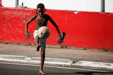 (SP)BRAZIL-SALVADOR-WORLD CUP 2014-DAILY LIFE