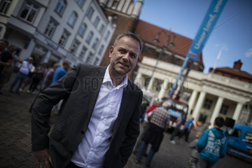 AfD's Hoecke and Holm do Schwerin