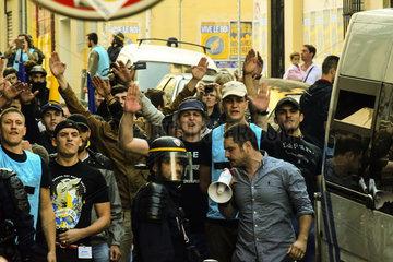 Mitglieder der Action Francaise (AF) in Marseille