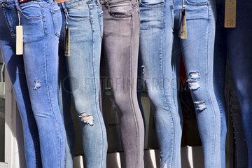 modische Jeans