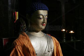Lhasa  Buddah Skulptur  Kloster Mindroling | Lhasa  Buddah sculpture  Mindroling monastery