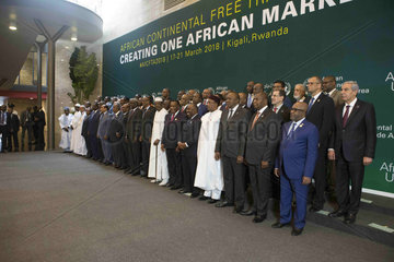 RWANDA-KIGALI-AFRICAN LEADERS-GROUP PHOTO-FREE TRADE AREA