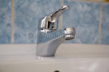 Haushalt: Wasserhahn - Waschbeckenarmatur