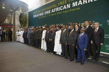 (RECAST)RWANDA-KIGALI-AFRICAN LEADERS-GROUP PHOTO-FREE TRADE AREA