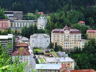 Bad Gastein Ortszentrum mit Kongresshaus  Rathaus und Hotelanlagen