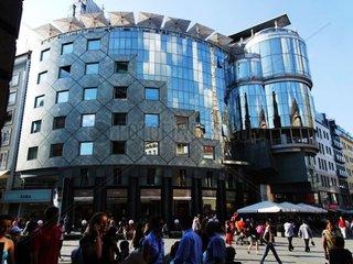 Haas Haus  Einkaufszentrum am Stephansplatz im 1. Wiener Bezirk Redaktionell verwendbar  Pressefoto