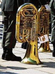Blasinstrumen einer Ehrenkompanie in der Hofburg im 1. Wiener Bezirk Pressefoto