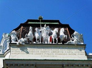 Pferdegruppe ueber dem Eingang zur Nationalbibliothek am Josefsplatz im 1. Wiener Bezirk Pressefoto
