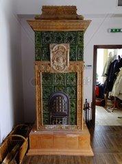 Alter Kachelofen im Schlosshotel Pronay Ungarn