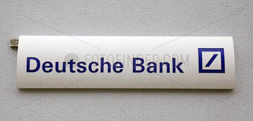 Warnemuende  Firmenschild der Deutschen Bank