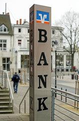 Warnemuende  Firmenschild der Volksbank Raiffeisenbank