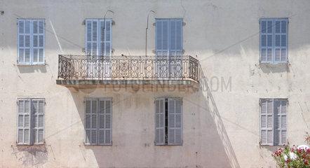 Fassade in Korsika