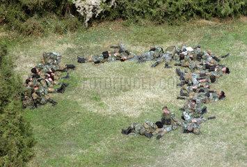 Soldaten ruhen sich aus