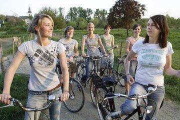 Junge Frauen