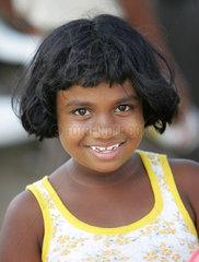 Kleine Tamilin in Sri Lanka