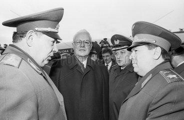 Burlakow + Stoltenberg + Schaposchnikow