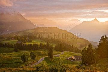 Sonnenuntergang in der Schweiz