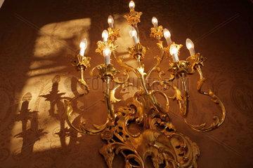 Wandleuchter in der Prager Burg