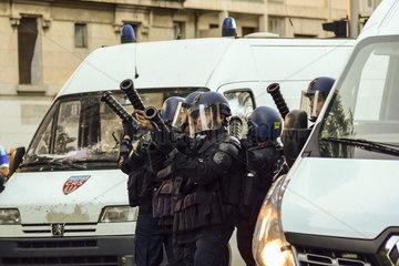 Ausschreitungen von verfeindeten Fans von Olympique Marseille und Paris St. Germain