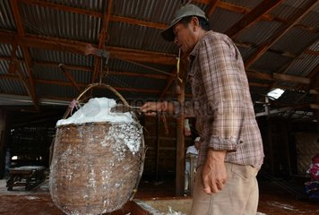 LAOS-VIENTIANE-SALT FACTORY