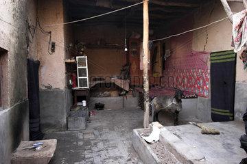 Kashgar  Provinz Xinjiang: Blick in ein Haus